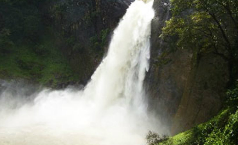 Badulla-srilanka-waterfalls-eco-treat