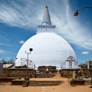 anuradhapura-city-tour-srilanka-eco-treat