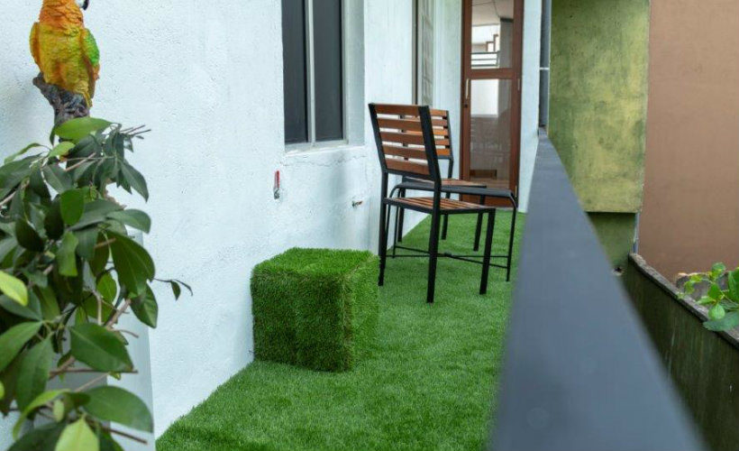 Colombo-srilanka-eco-treat-homestay-apartment-balcony1