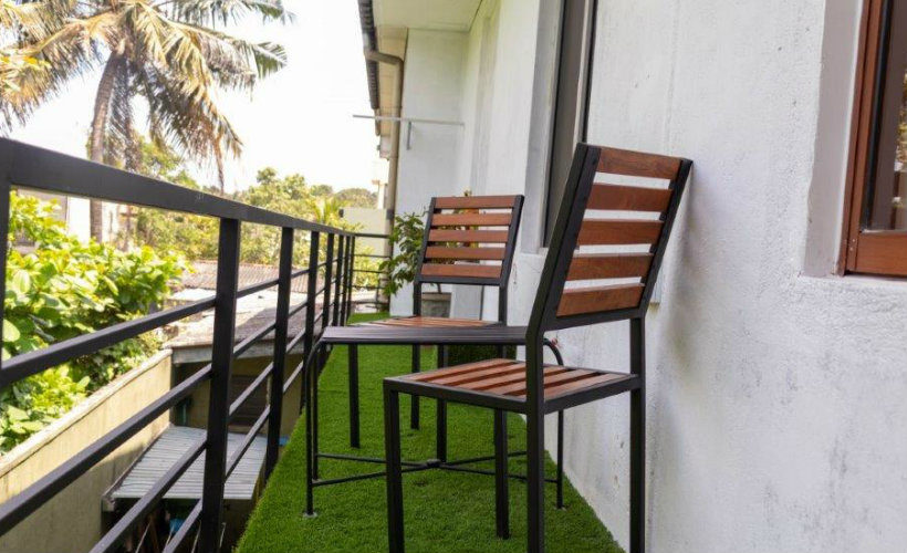Colombo-srilanka-eco-treat-homestay-apartment-balcony2